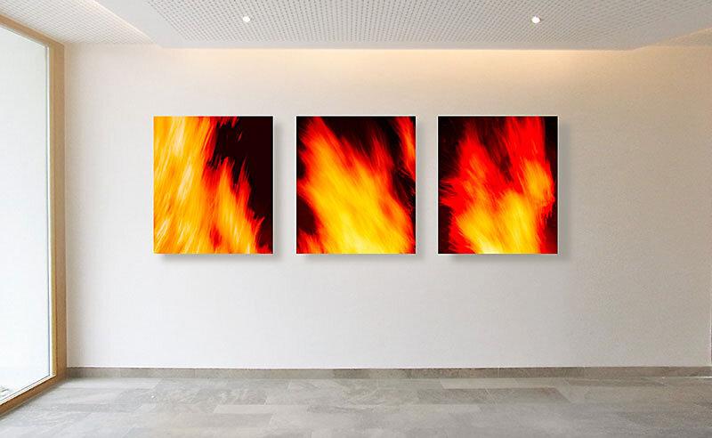 """Fotokunst aus der Werkreihe """"FEUER"""" von Sabine Freudenberger für die Gallerie Klose Würzburg"""